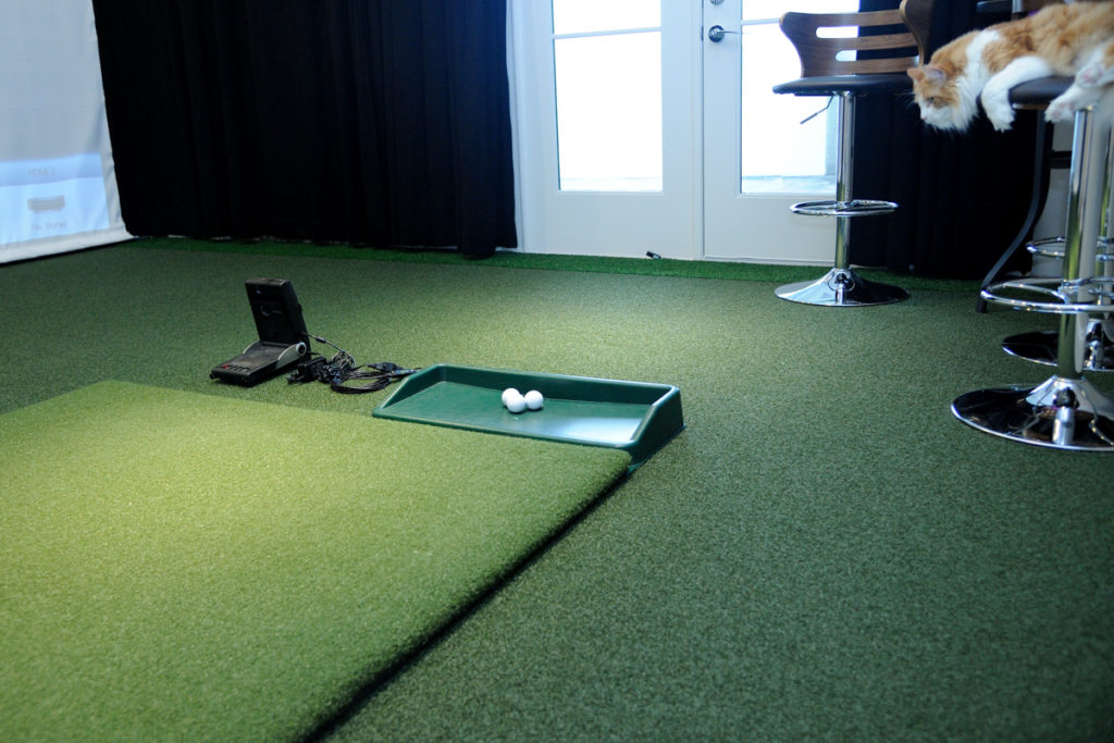 golf hitting mat - bestgolfsimulatorsforhomereviews